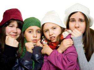 Студ в училище: Децата в Куклен мръзнат четвърти ден