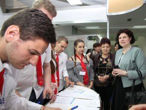 Зам.-министър Михайлова: Учениците и учителите са в основата на учебно-тренировъчните фирми