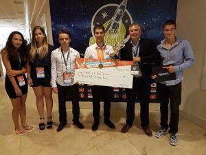Ученик от България е световен шампион на най-голямото състезание по информационни технологии в света
