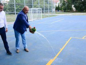 Министър Кралев и Иван Портних откриха нова спортна площадка във Варна