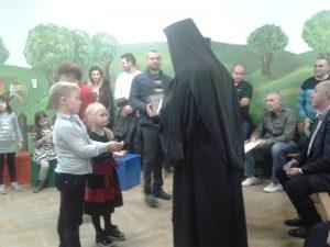 Учител: МОН е изготвило много добра православна програма