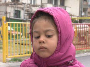Майка се оплака от насилие над детето й в градина в Симитли