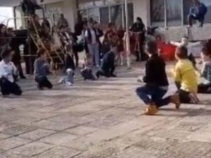 Детска градина празнува под звуците на ориенталски ритми на турски език
