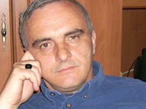 Учителят Ангел Грънчаров: С учениците се разбирам, трудно ми е с чиновниците!