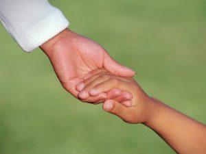 Социални работници също ще помагат на децата с проблеми