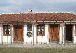 Училището на Левски във Войнягово става атракция за туристи