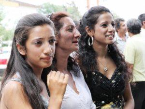 Ранните бракове в ромския етнос водят до отпадане от училище