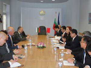 България и Китай задълбочават сътрудничеството в науката и технологиите