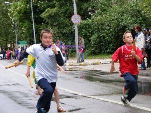 """400 ученици се състезаваха на крос """"Златна есен"""""""