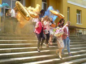 Школски директори възмутени: Балът три пъти по-скъп от сватба