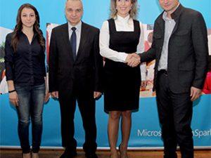 Microsoft YouthSpark отбеляза успешна първа година