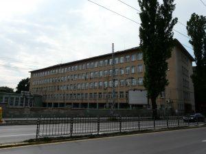Учител от Софийската математическа гимназия обвини зам.-министър на образованието в натиск