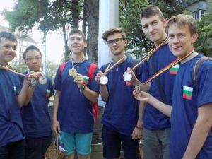 Шест медала за олимпийците по математика