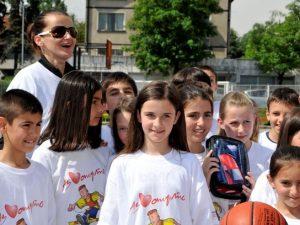 Олимпийска шампионка преподава на 80 деца