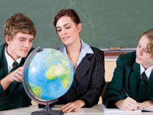 Българите в чужбина предпочитат бизнес, право и икономика