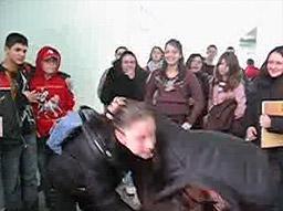 Ученици от Карлово научиха как да се справят с агресията