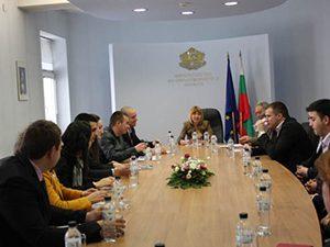 Министър Клисарова се срещна с новото представителство на студентските съвети