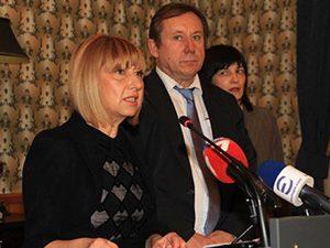 """Проф. Клисарова съобщи предстоящите мерки във фонд """"Научни изследвания"""""""