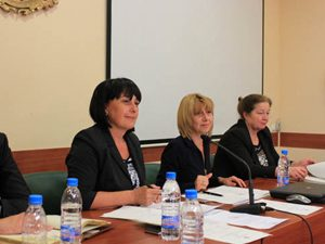 Министър Клисарова: Образованието е над политическите страсти