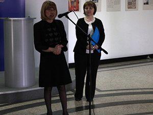 """Министър Клисарова награди призьорите от """"Европейско кенгуру"""""""