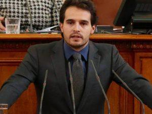 ДБГ поиска оставката на министъра на образованието!