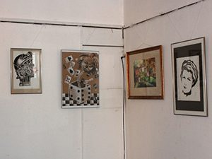 Ученици откриха изложба в МОН