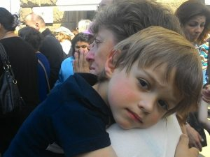 "Майки на болни деца срещу учителка – били ""зверски опасни"""
