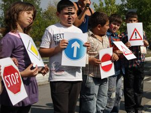 Учебната година в Бургас започва с час по безопасност на движението