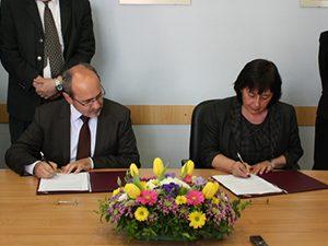 Подписа се споразумение за сертифициране на билингвалното франкофонско обучение в България