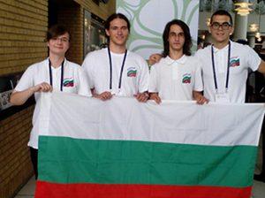 Наши ученици с два медала от Международна олимпиада по биология