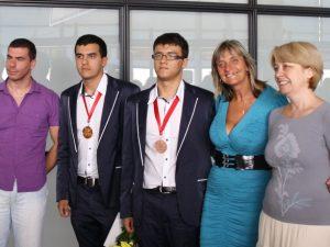 Учителка на шампиони се кандидатира за кмет