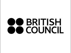 Онлайн курсове за професионална квалификация на учители по английски език