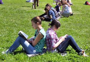 Предизвикателствата пред финансовата 2013г. в българското образование