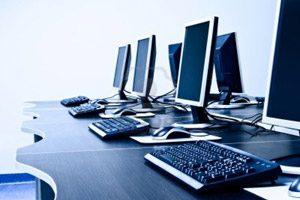 През 2015 г. е обновена компютърната техника в 293 училища