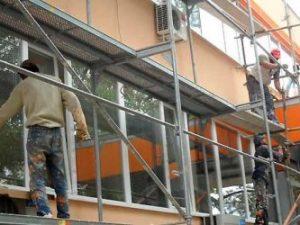 Ремонтират учебни заведения преди новата учебна година