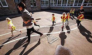 Училище в Шотландия разреши проблема със затлъстяването на децата