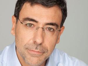 Любопитно: Ексминистър дебютира на Аполония