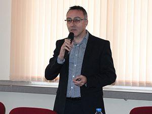 Диян Стаматов: Не може в училище да се изучи цялото творчество на големите български автори