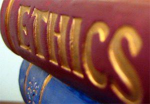 Подготвят етичен кодекс между училищата и родителите