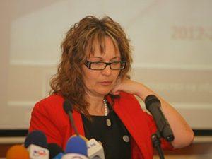 Учебните програми в седми и десети клас са ориентирани изцяло към България