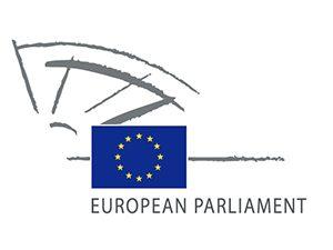 Евродепутатите отстъпиха за минимална възраст 16 г. за тийнейджъри в социални мрежи