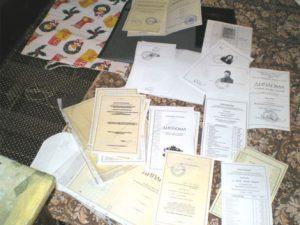 Продажбите на фалшиви дипломи си остават разпространен бизнес