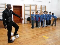 Футболна звезда стана учител