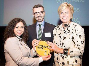 """""""Граматика на пътя"""" спечели наградата за иновативност на Европейската седмица на грамотността"""