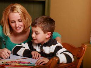 Над 15 000 ученици се обучават вкъщи
