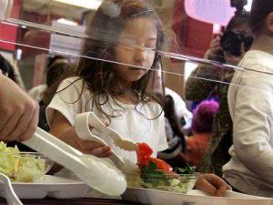 Облекчават разходите за доставка на храни в училищата