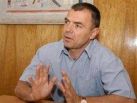 Министърът за намаляване на натоварването в училище