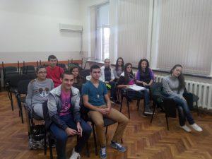 Местят ученици в друг клас при много отсъствия