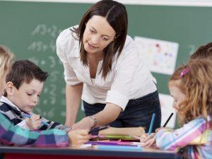В началото на учебната година не достигат учители