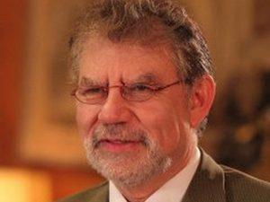 Ректорът на Европейския институт пристига за лекция в Българи